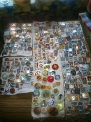 Продаю колекцию значков-1620шт.